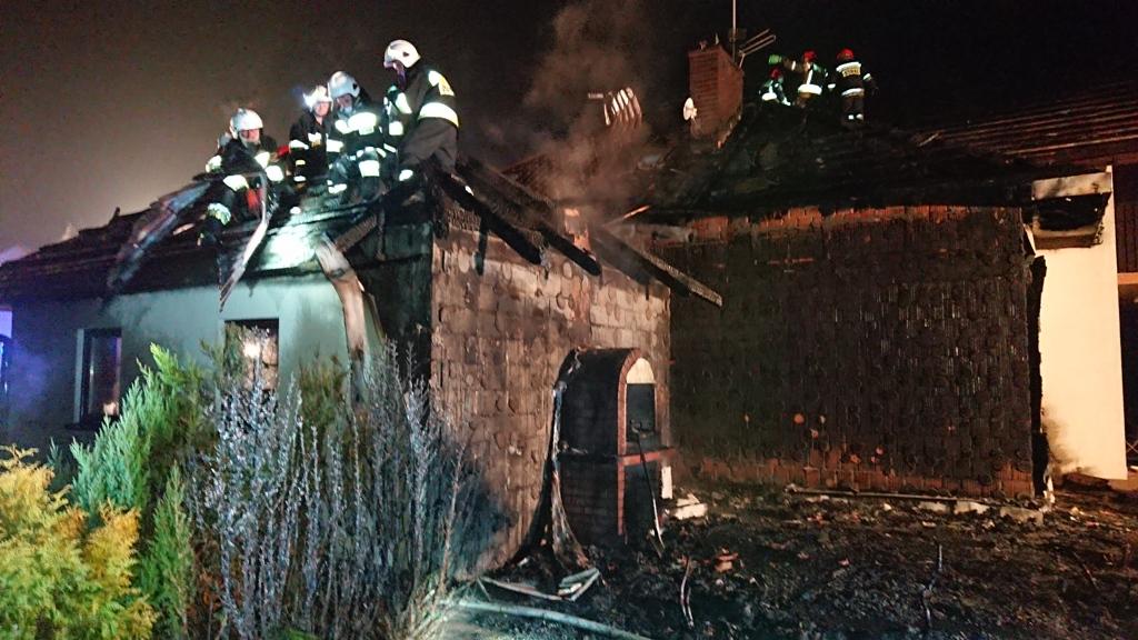 Nowy Sącz, ul. Dunajcowa, pożar budynku mieszkalnego 30 03 2019 OSP Mystków (2)
