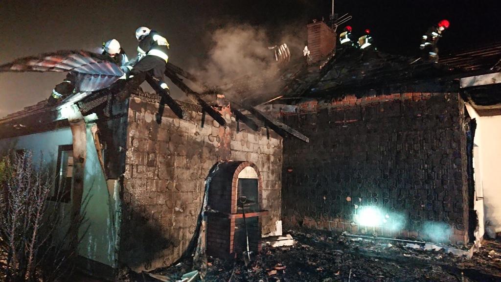 Nowy Sącz, ul. Dunajcowa, pożar budynku mieszkalnego 30 03 2019 OSP Mystków (3)